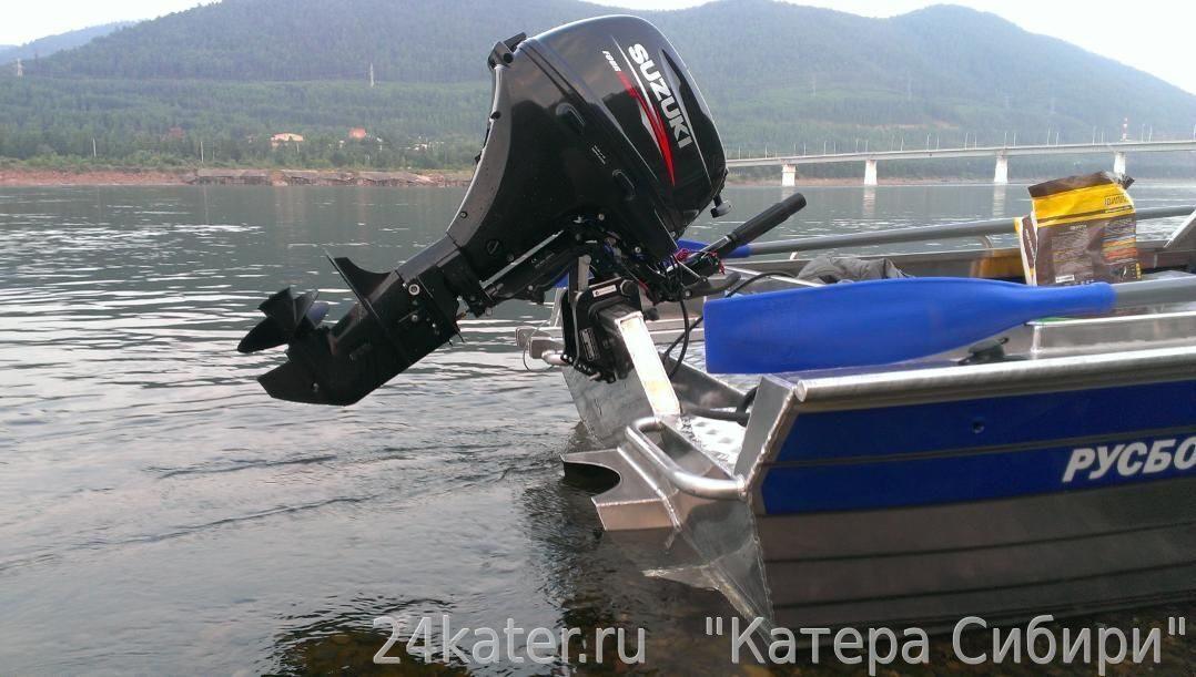 скоростная лодка под плм