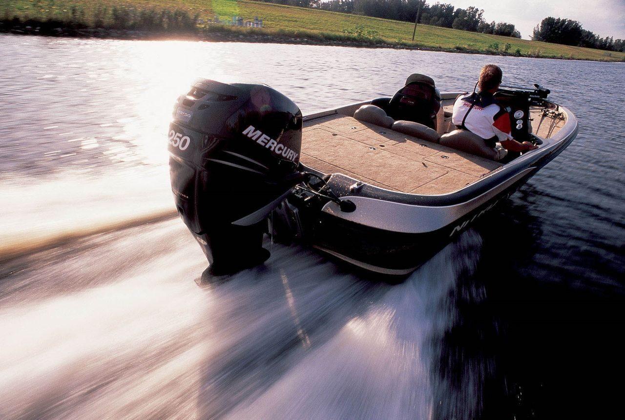 как не потерять мотор на лодке