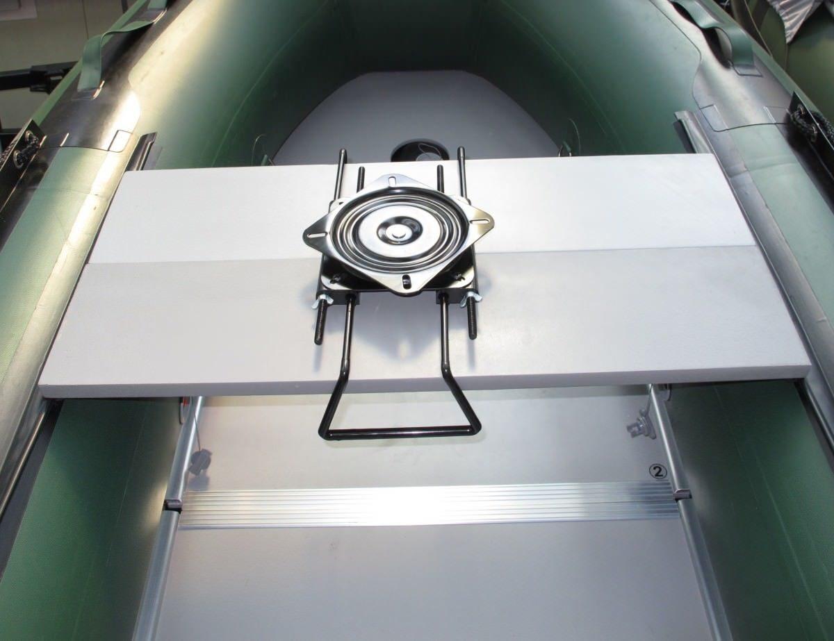 Устройство для установки мотора на надувной лодке